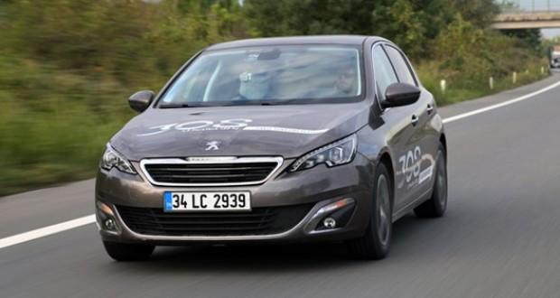 Yeni,Peugeot,308,1.2l,130,hp,yakıtı,kokluyor